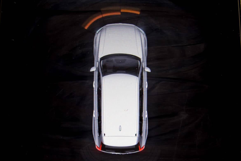 Autonomous-Driving_16Volvo_XC90_AC_11.jpg