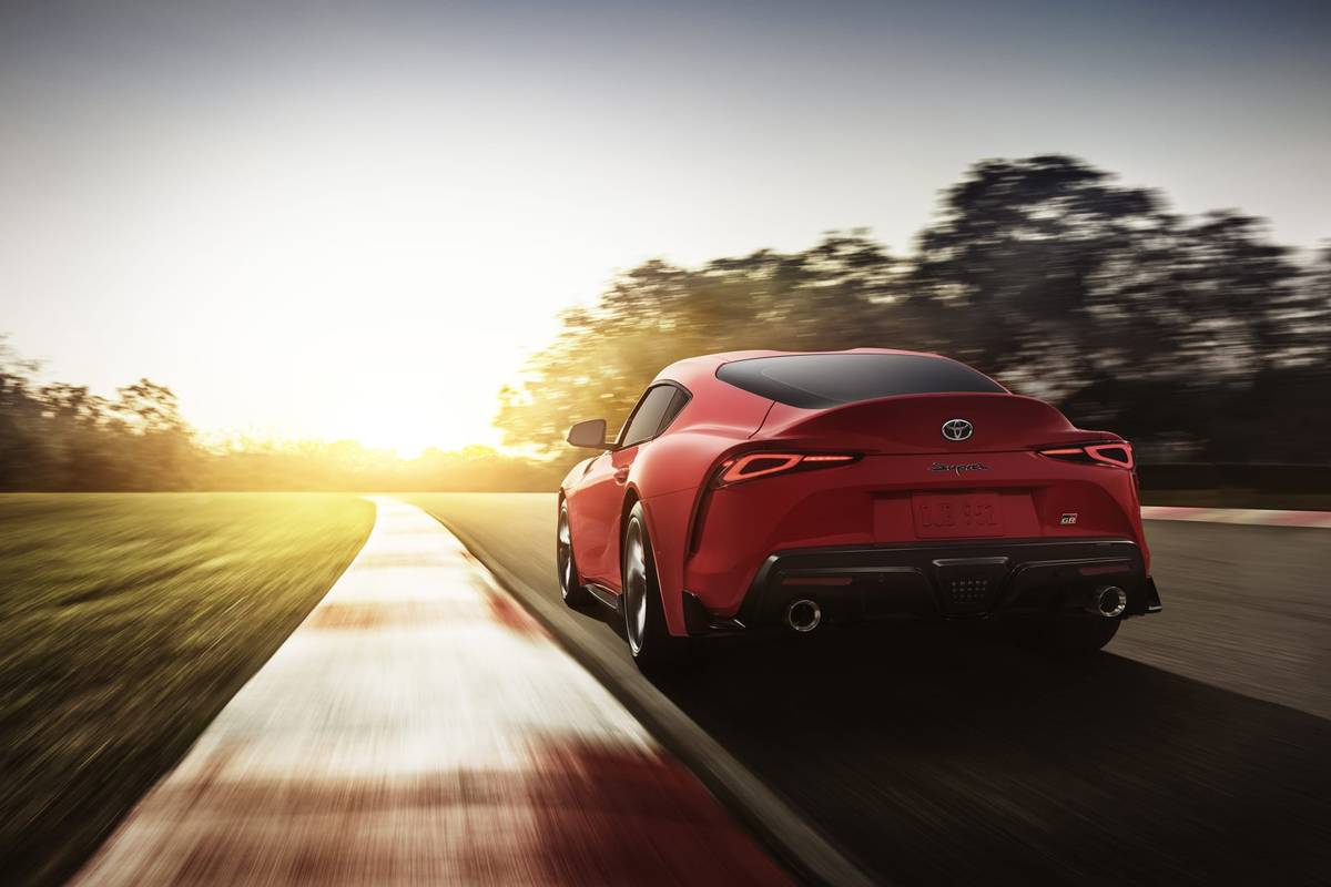 01-toyota-supra-2020-angle--dusk--dynamic--exterior--rear--red--