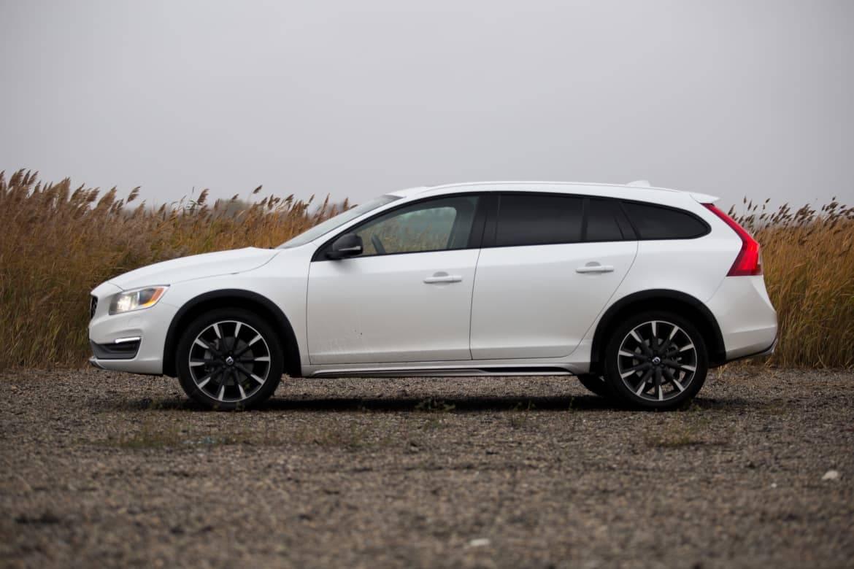 16_Volvo_V60_Review.jpg