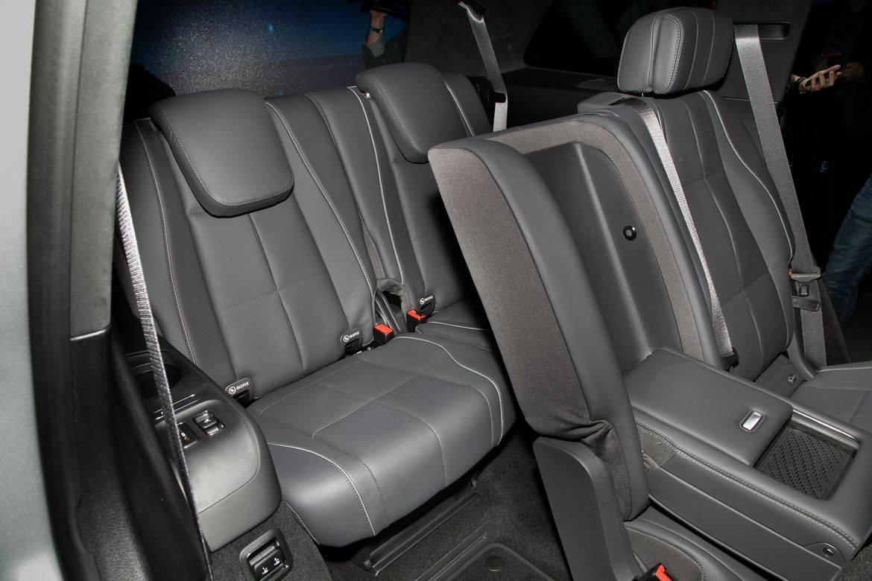 17-mercedes-benz-gls580-2020-interior--third-row.jpg