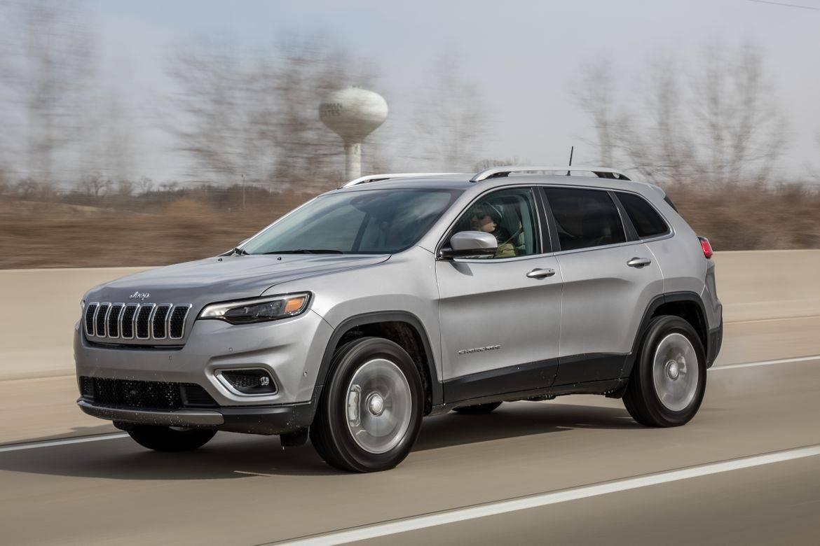 2019 jeep cherokee mpg our real world testing results news cars com 2019 jeep cherokee mpg our real world