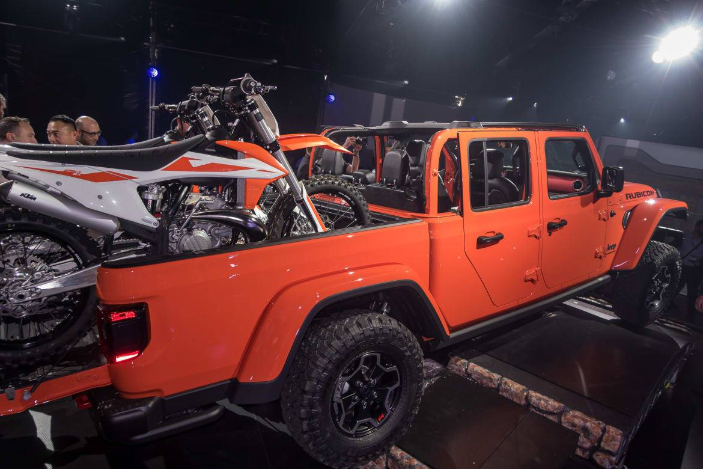 05-jeep-gladiator-2020.jpg