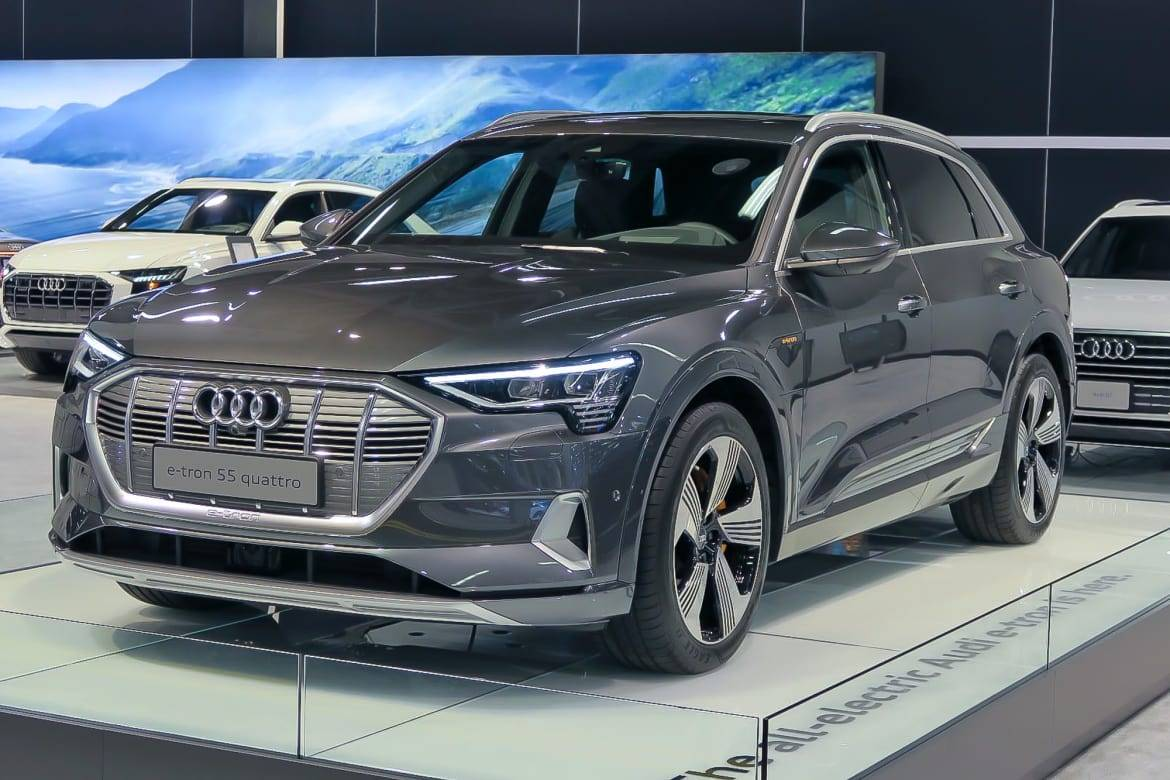 2019 Audi E Tron Sets High E Xpectations For Future Of Electric Suvs News Cars Com
