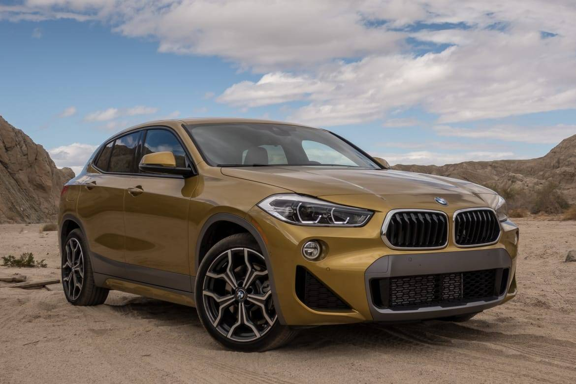 01-bmw-x2-xdrive-28i-2018-angle-exterior-front-gold.jpg