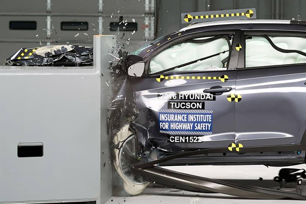 16_Hyundai_Tucson_Top_Safety_Pick_Plus.jpg