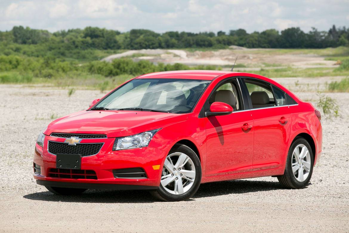 2014 15 Buick Regal Chevy Cruze Sunroof Issue News Cars Com