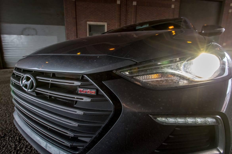 4 Ways the 2017 Hyundai Elantra Sport Nails Sporty