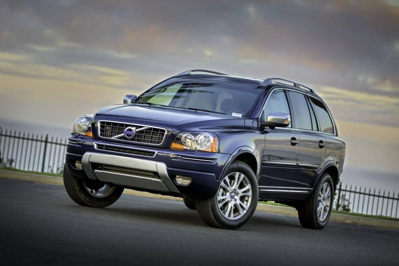 2013_Volvo_XC90_43566_2_1.jpg