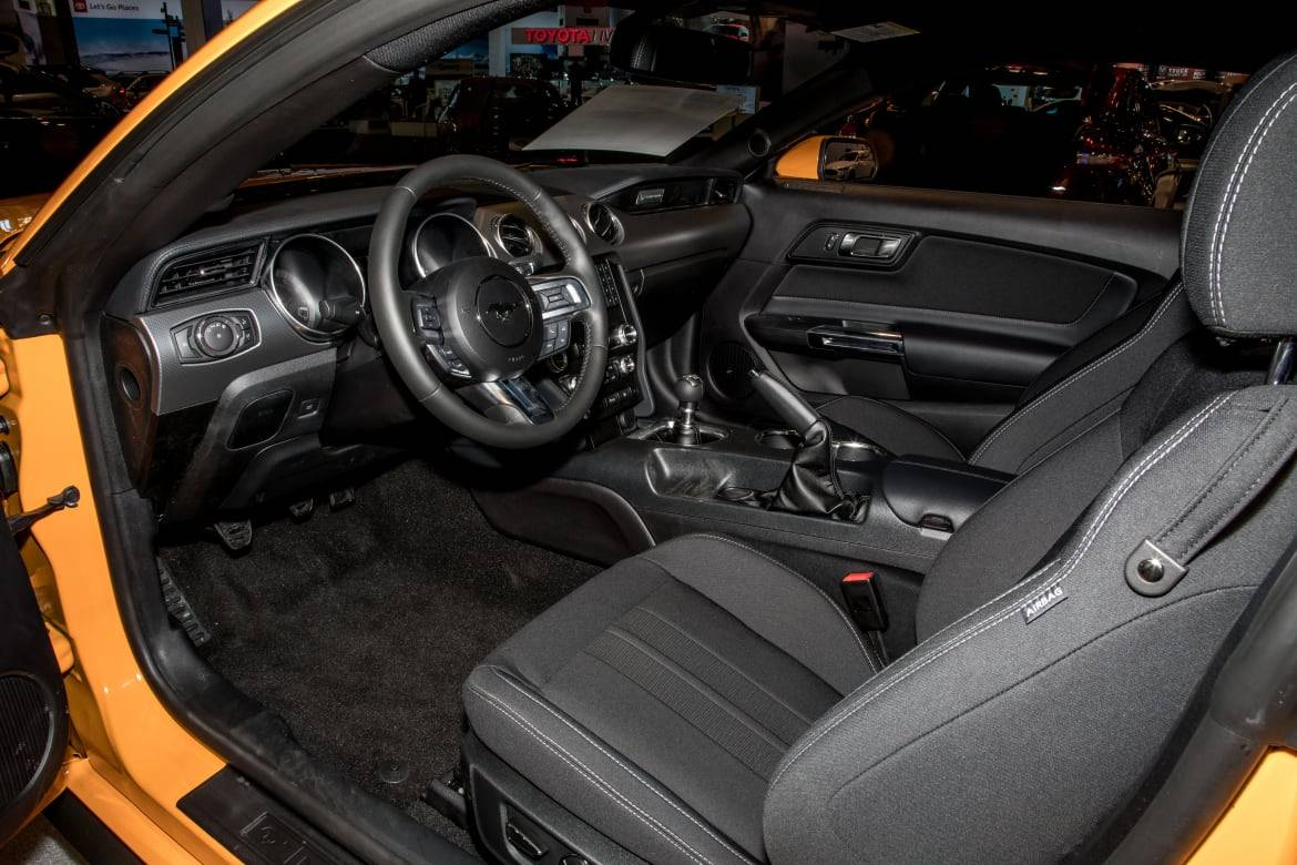 02-ford-mustang-gt-coupe-2019-cl.jpg