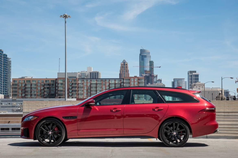 01-jaguar-xf-sportbrake-2018-exterior--profile--red.jpg