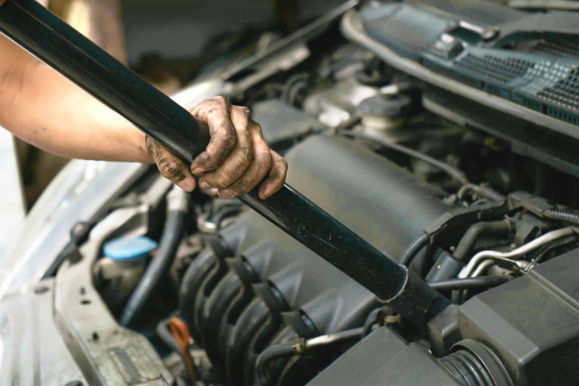 Are There Any Mechanical Benefits To Cleaning An Engine News Cars Com