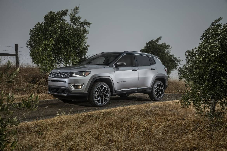 2017_Jeep_Compass Limited_OEM_11.jpg