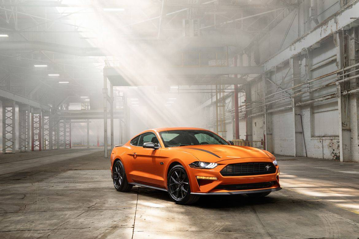 01-ford-mustang-ecoboost-high-performance-package-2020-angle--ex