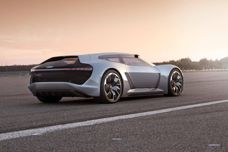 03-audi-pb-18-e-tron-concept--angle--exterior--rear--silver.jpg