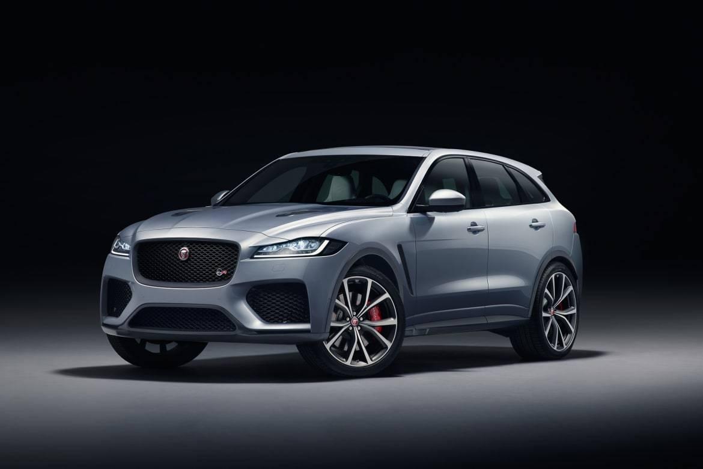 01-jaguar-f-pace-svr-2019-angle--exterior--front--silver--studio