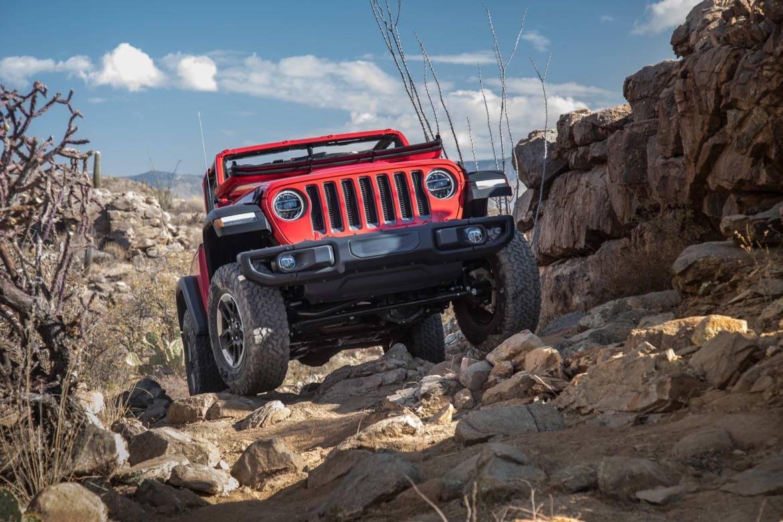 01-jeep-wrangler-2018-exterior-red.jpg