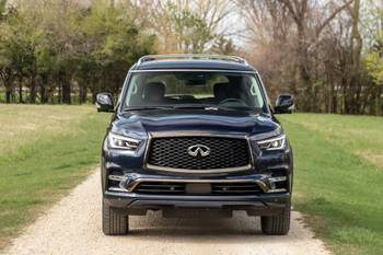 Is the 2021 Infiniti QX80 a Good SUV? 5 Things We Like, 4 We Don't