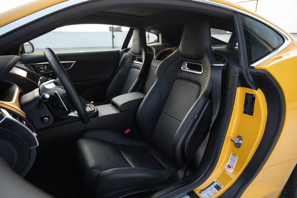 2021 Jaguar F-Type seats