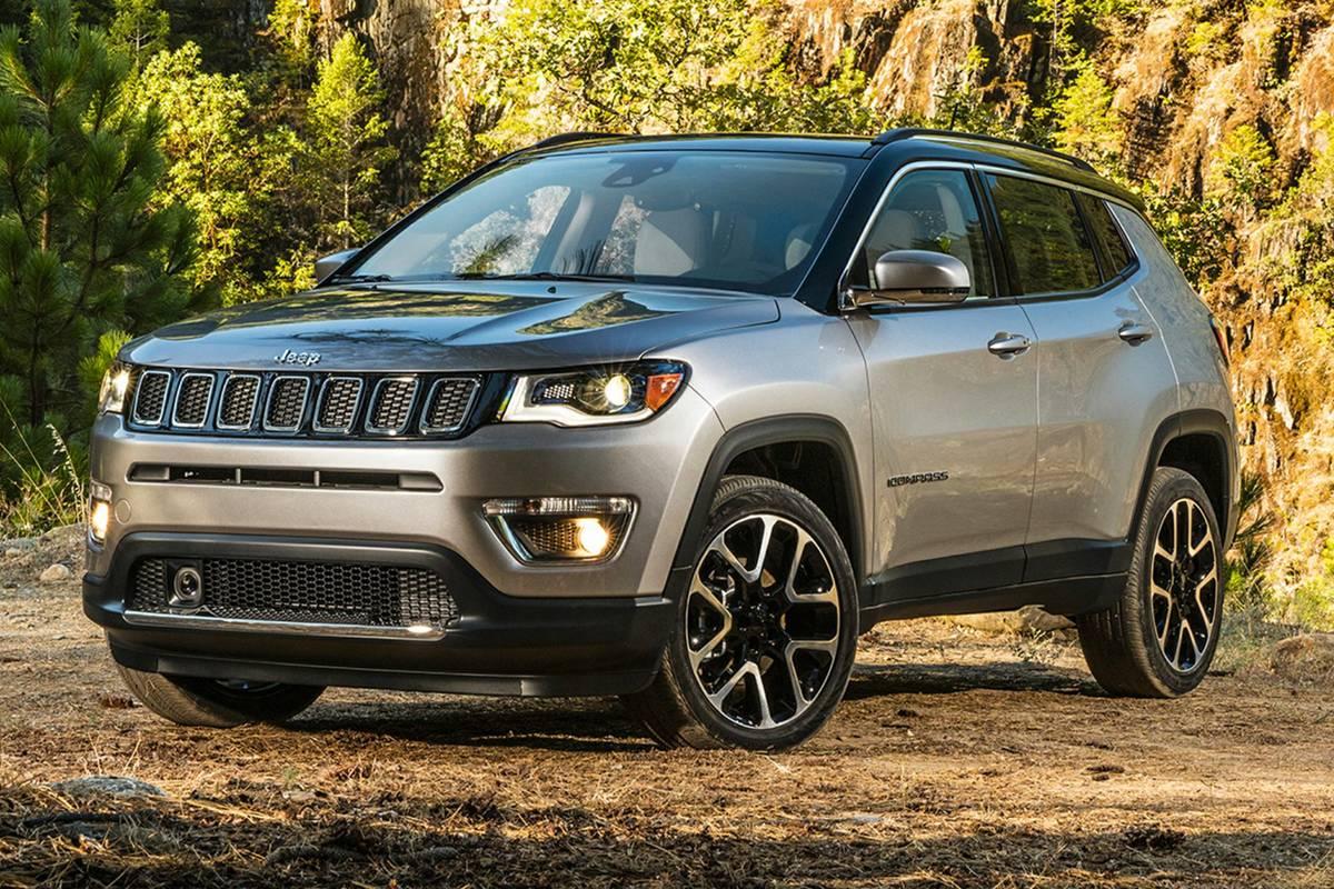jeep-compass-2020-exterior-front-three-quarter-oem