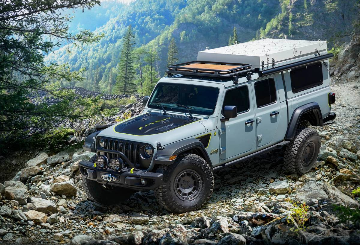 Jeep Gladiator Concept Helps You Get Outta Dodge ... Farout, Man