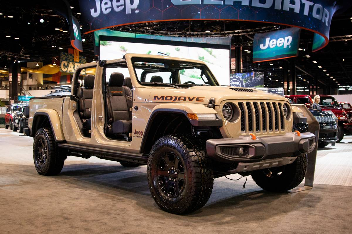 What S The Price Of The 2020 Jeep Gladiator Mojave News Cars Com
