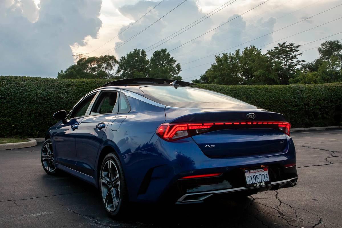 Is the 2021 Kia K5 Sedan a Good Car? 6 Pros and 3 Cons | News from Cars.com