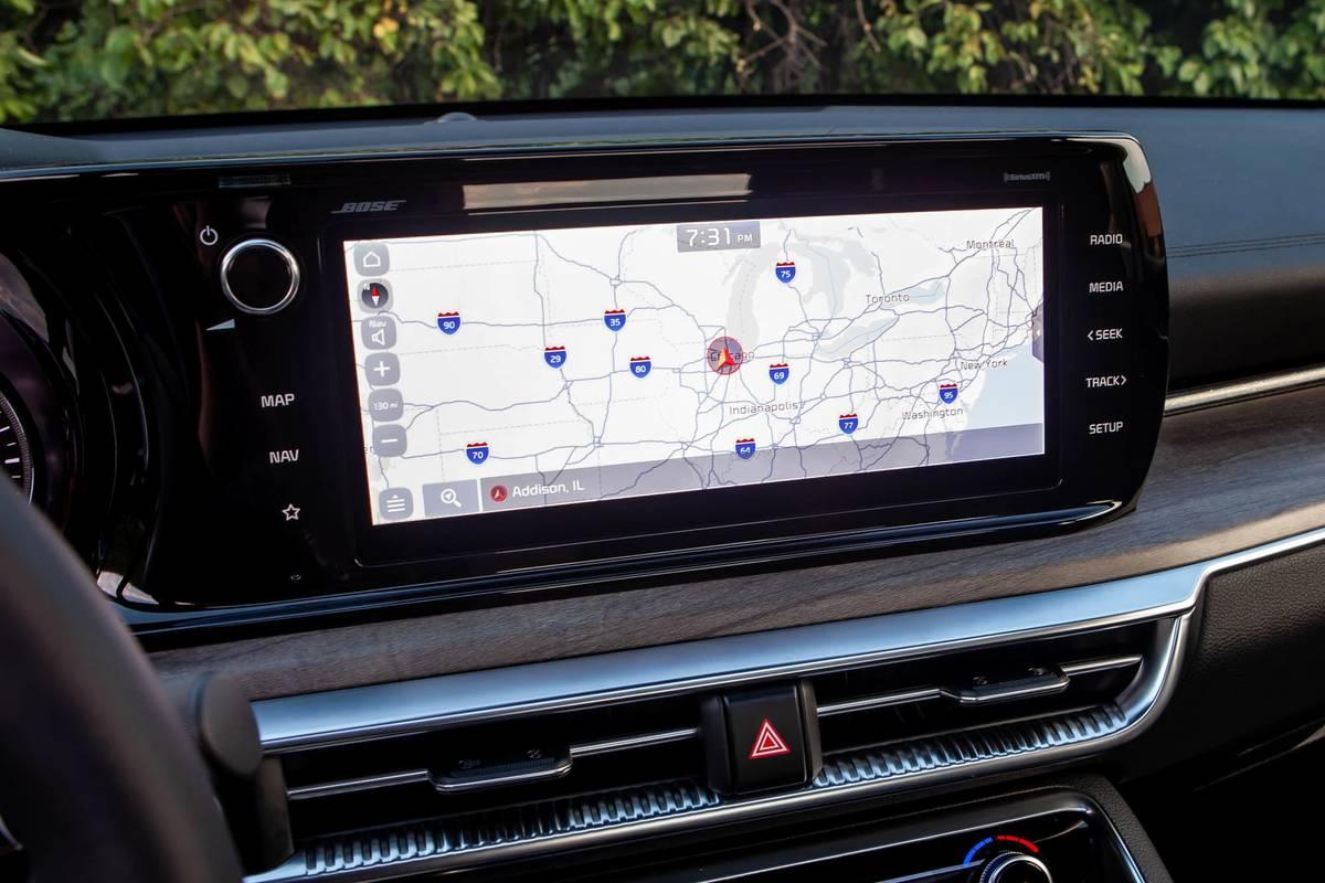 2021 Kia K5 GT Line center stack display screen and GPS navigation