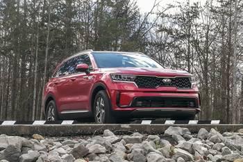 2021 Kia Sorento Hybrid Review: Big Vehicle With Small-Vehicle Fuel Economy