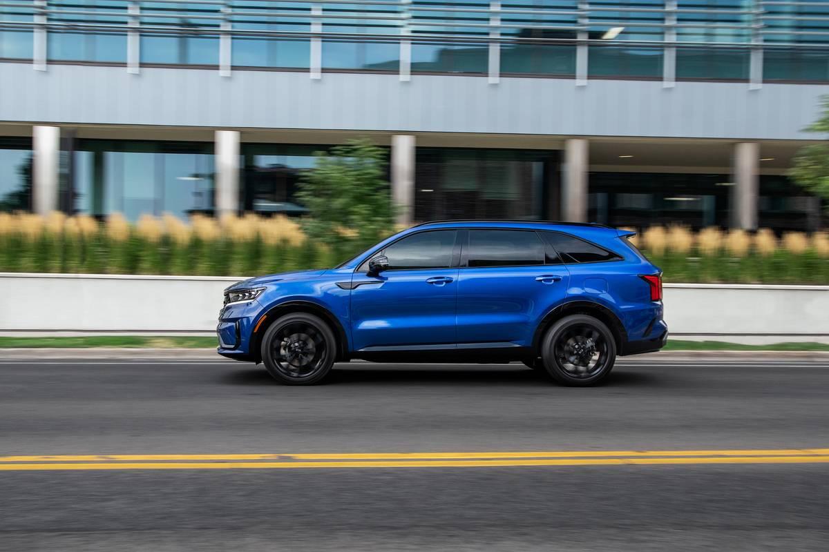 Blue 2020 Kia Sorento SX