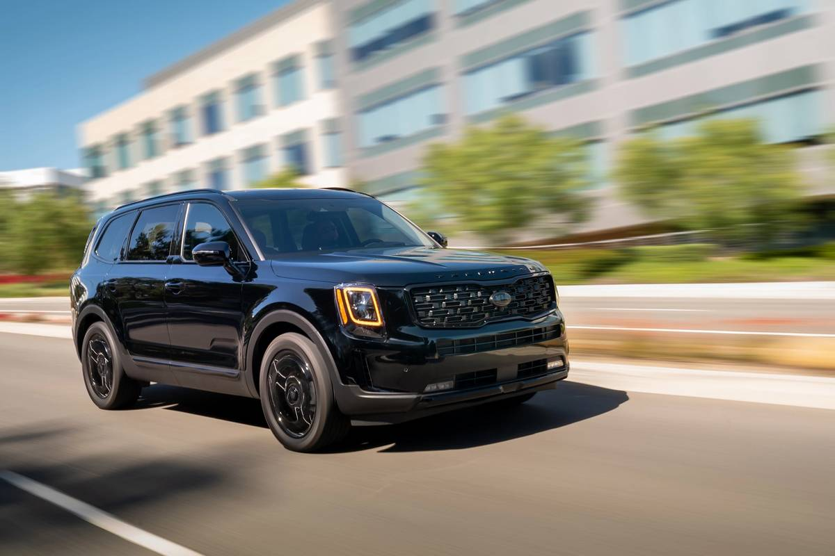 2021 Kia Telluride Adopts the Dark With Nightfall Edition