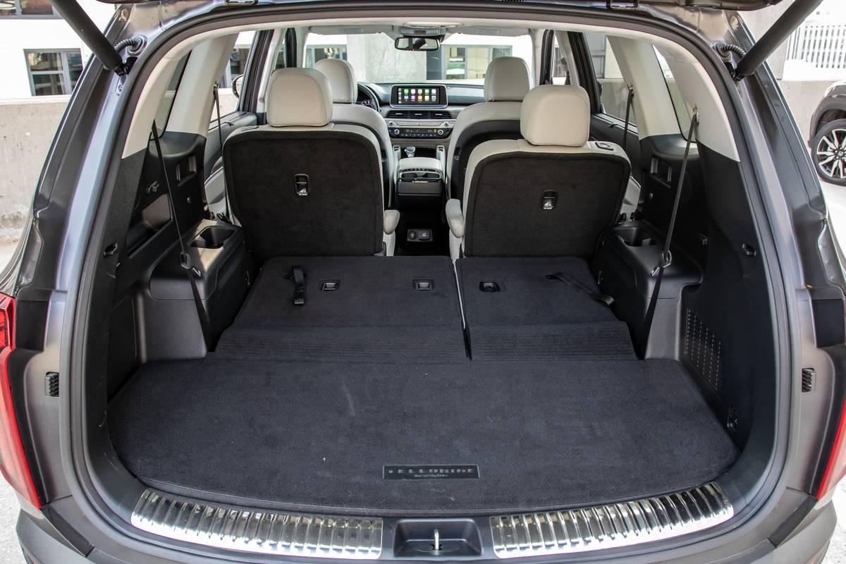 kia-telluride-sx-awd-2020-56-folding-seats--interior--trunk.jpg