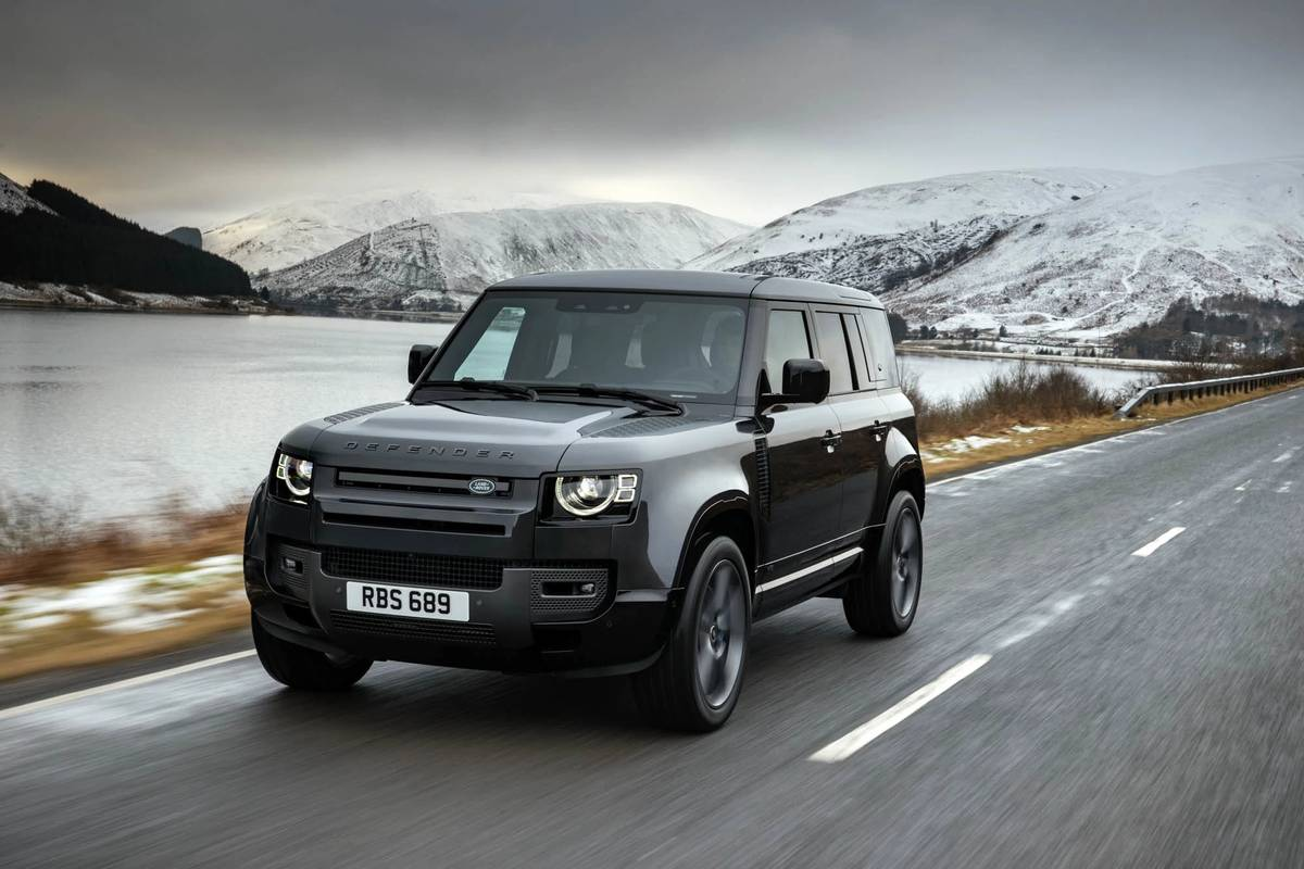 Your Move, Jeep: 2022 Land Rover Defender Gets Supercharged V-8 to Take on Wrangler Rubicon 392