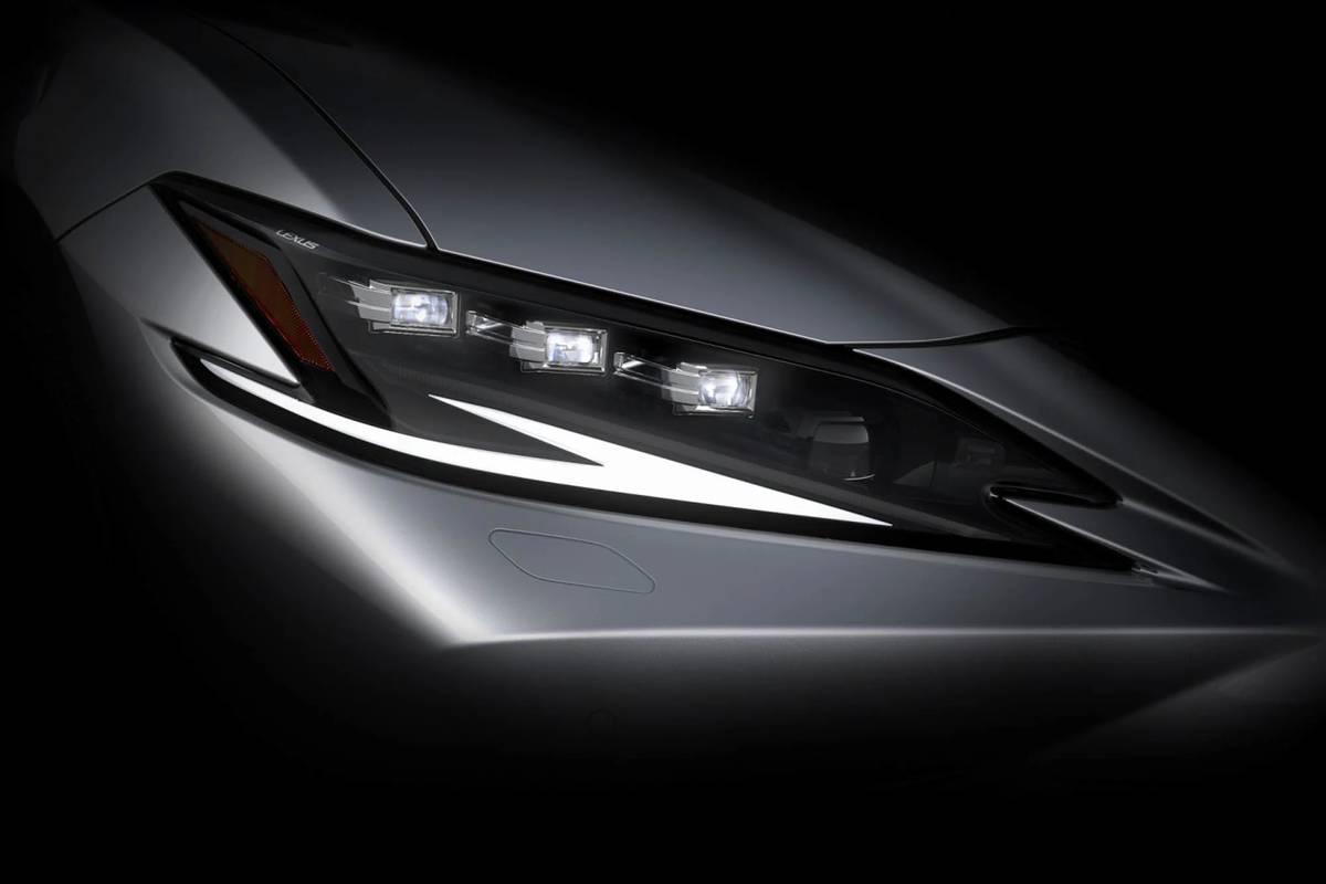 Updated 2022 Lexus ES Addresses One of Its Greatest Misses