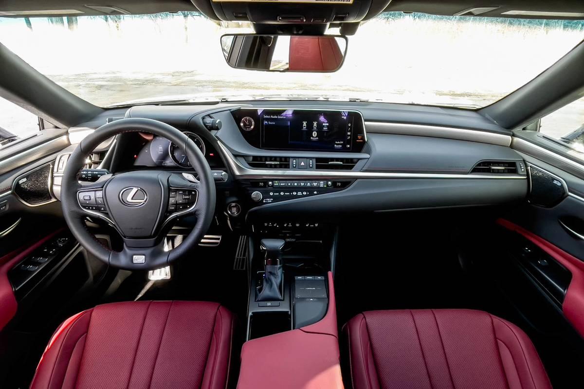 2021 Lexus ES 250 AWD F Sport dashboard