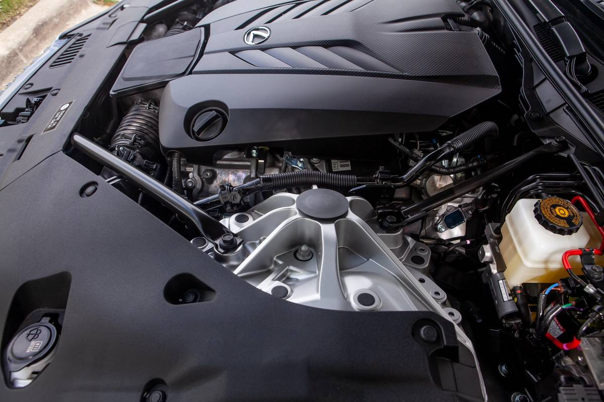 2021 Lexus LC 500 Convertible engine