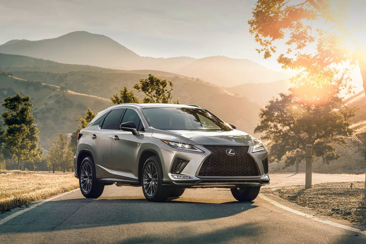 2021 Lexus RX 350 front angle view