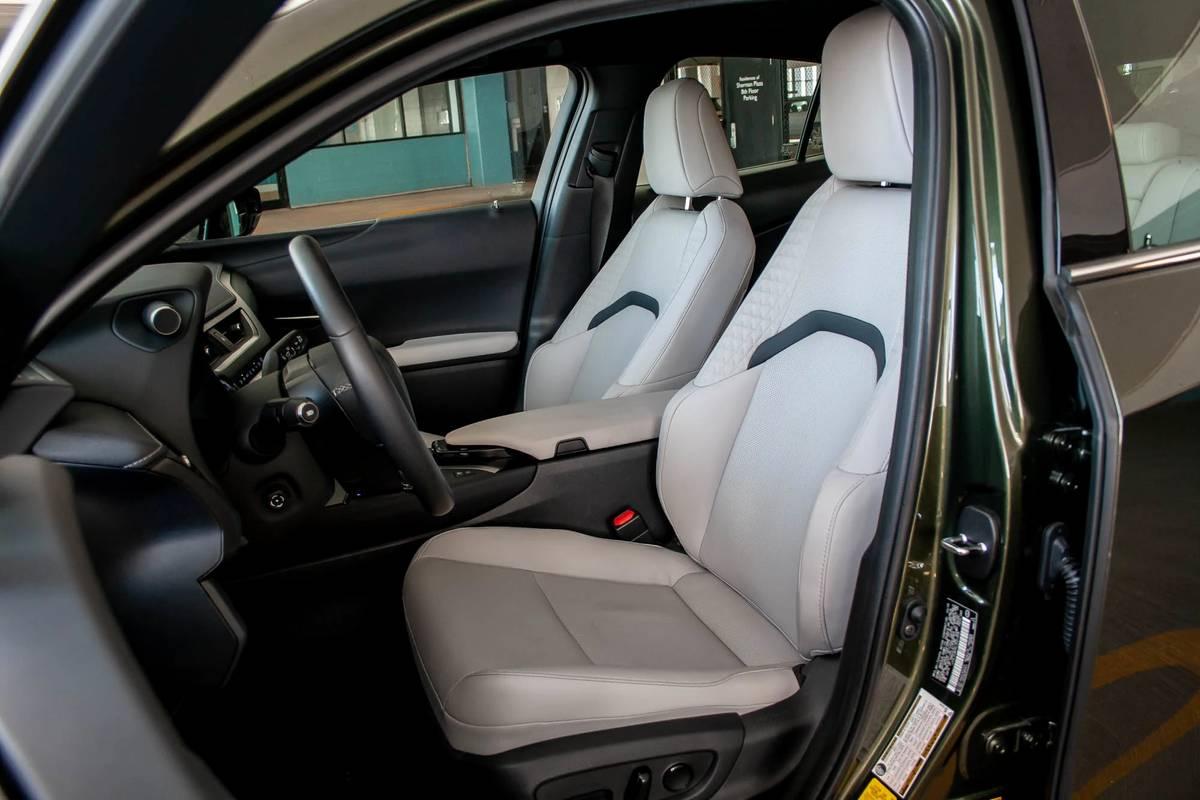 2020 Lexus UX 250h seats