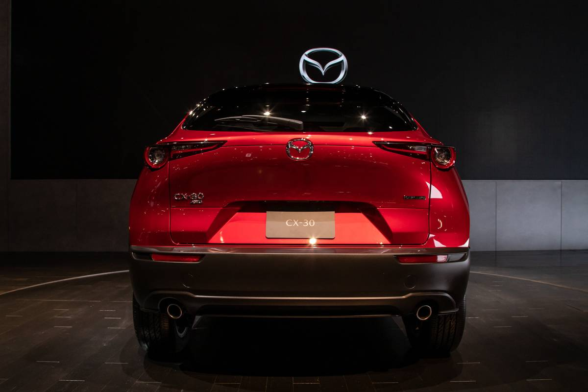 mazda-cx-30-2020-cl-06-red-exterior-rear.jpg