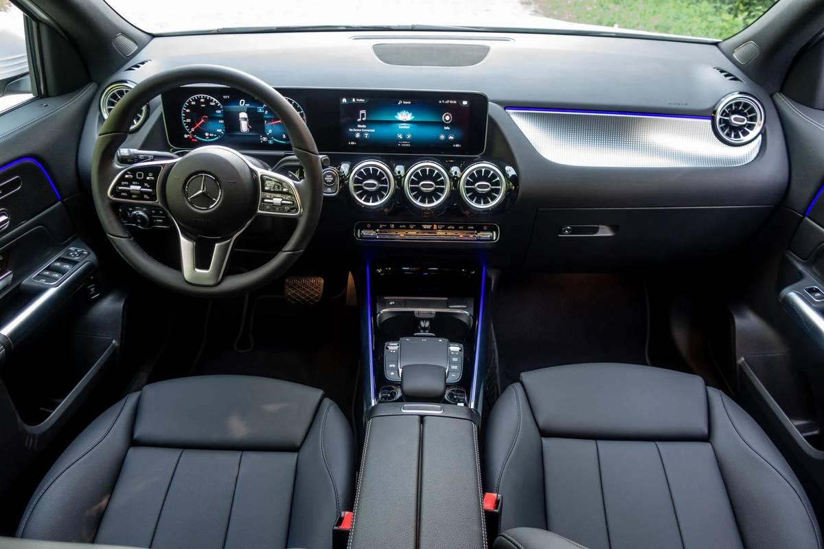 2021 Mercedes-Benz GLA 250 dashboard