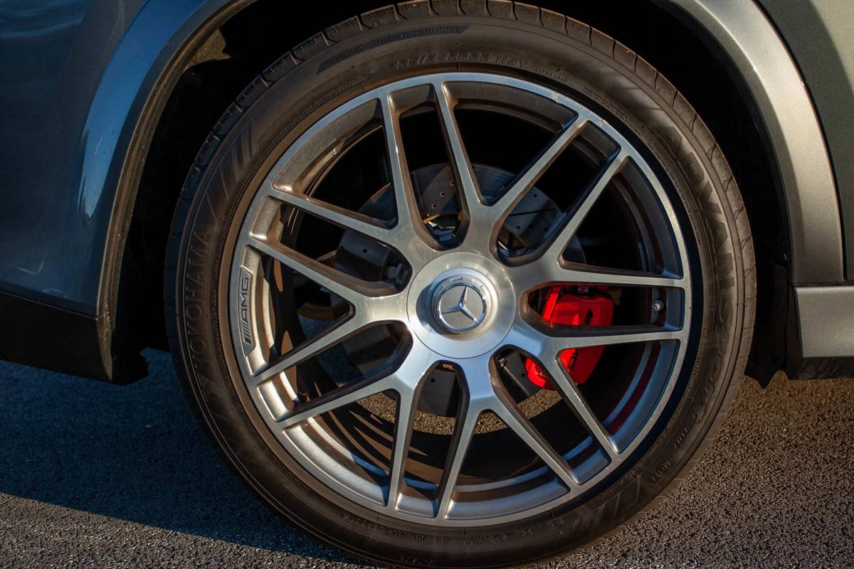 2021 Mercedes-Benz GLE 63 S wheel and brake caliper