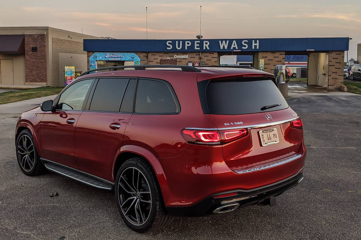 2020 Mercedes-Benz GLS 580 rear angle view