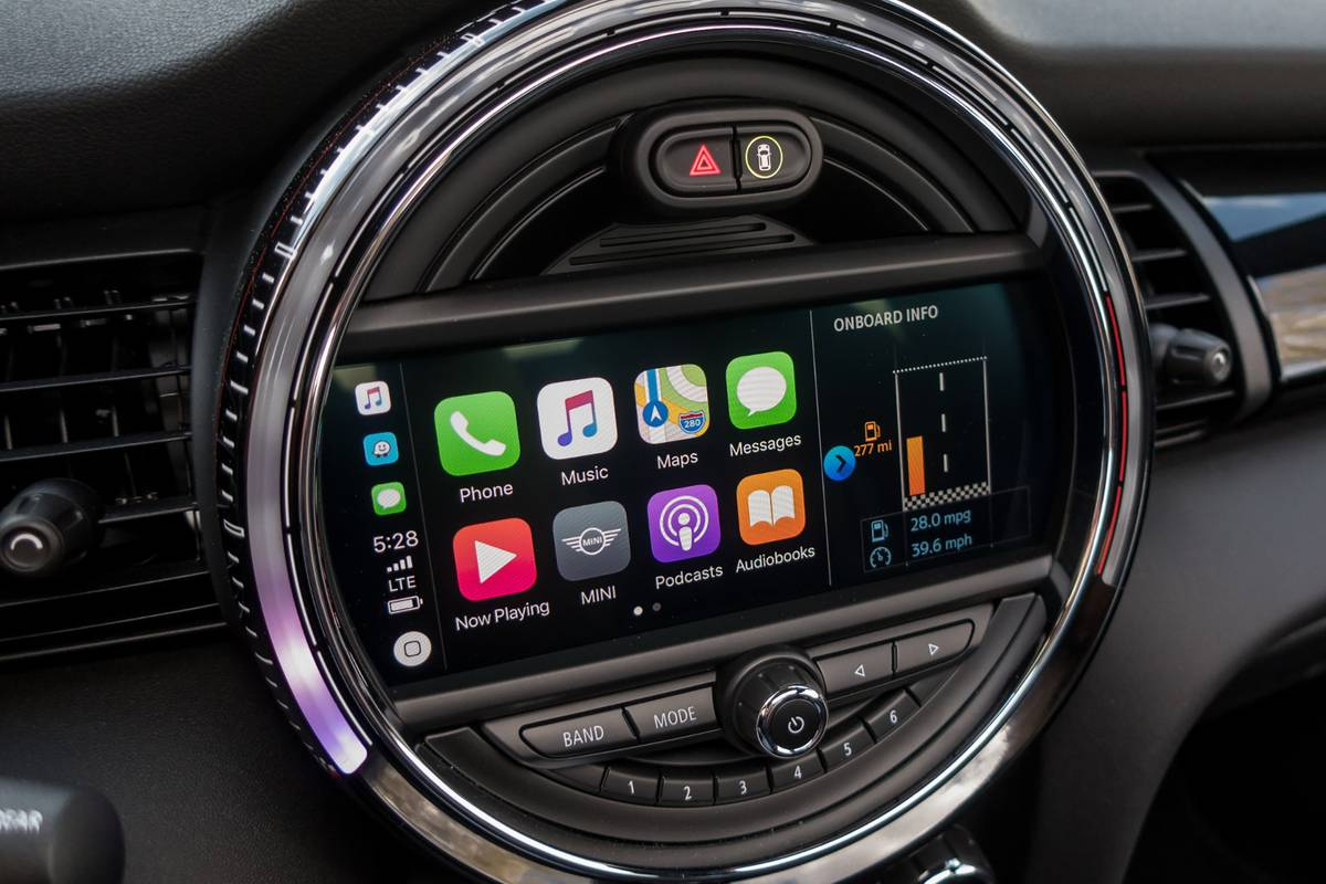 Wireless Apple Carplay And Android Auto Where Are They Now News Cars Com