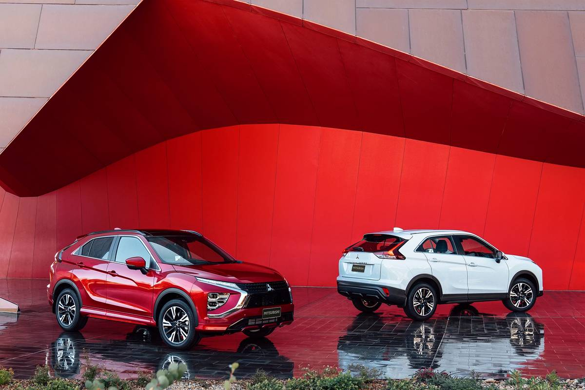 2022 Mitsubishi Eclipse Cross models in red and white