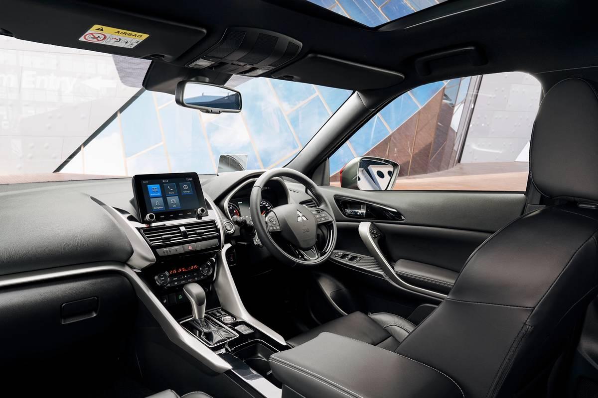 2022 Mitsubishi Eclipse Cross front row