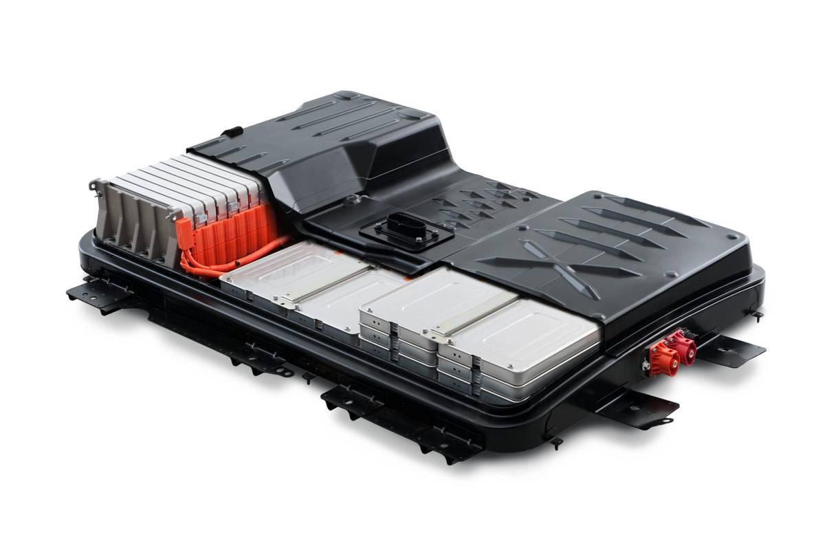 nissan-leaf-2011-batterypack