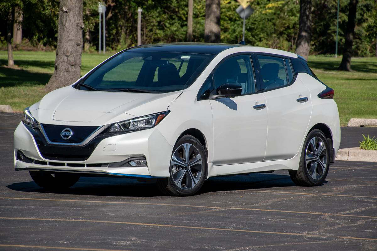 Which Electric Cars Are Still Eligible For The 7 500 Federal Tax Credit News Cars Com