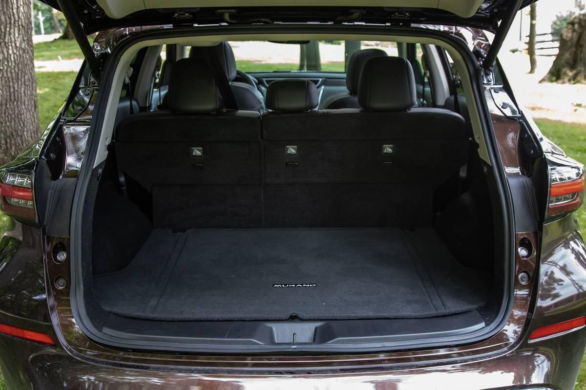 nissan-murano-platinum-2019-43-interior--trunk.jpg