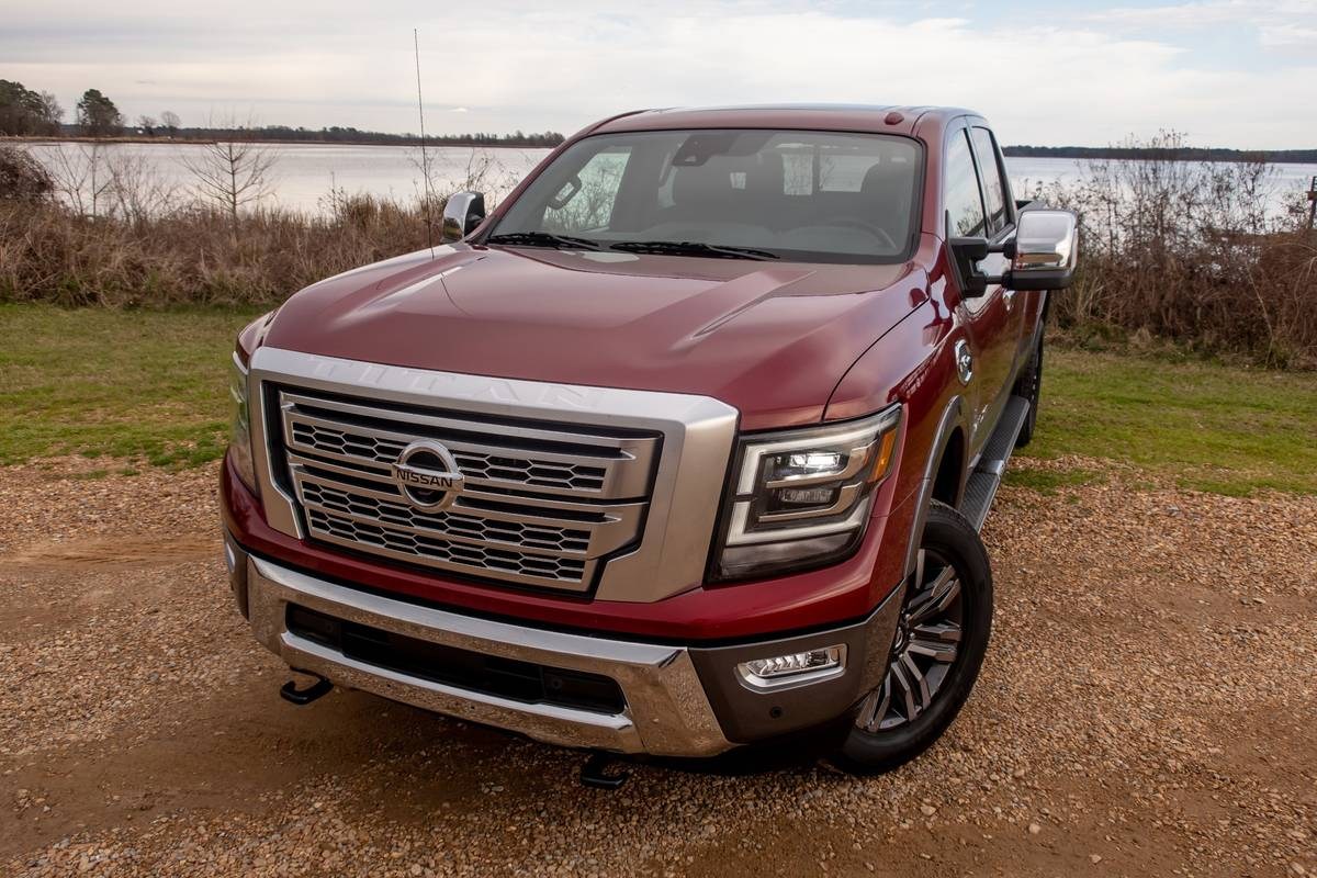 2020 Nissan Titan: 6 Pros and 3 Cons