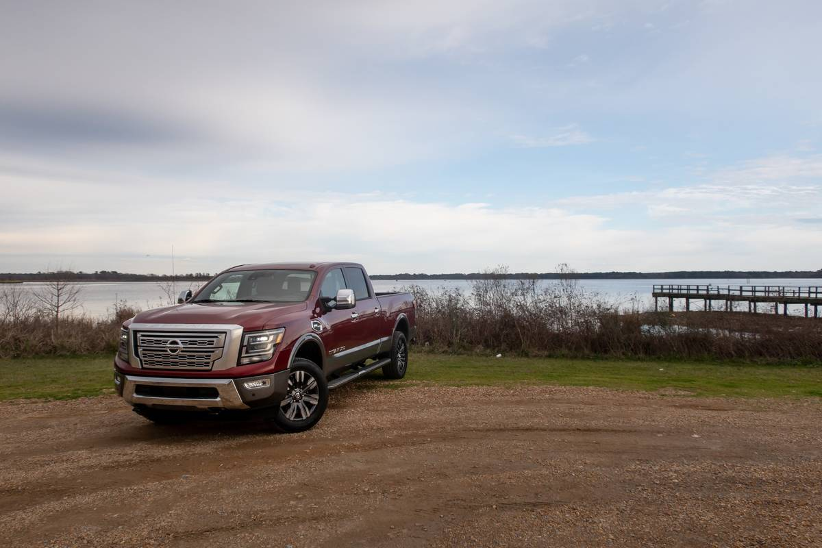 nissan-titan-xd-2020-45-angle--exterior--front--red.jpg