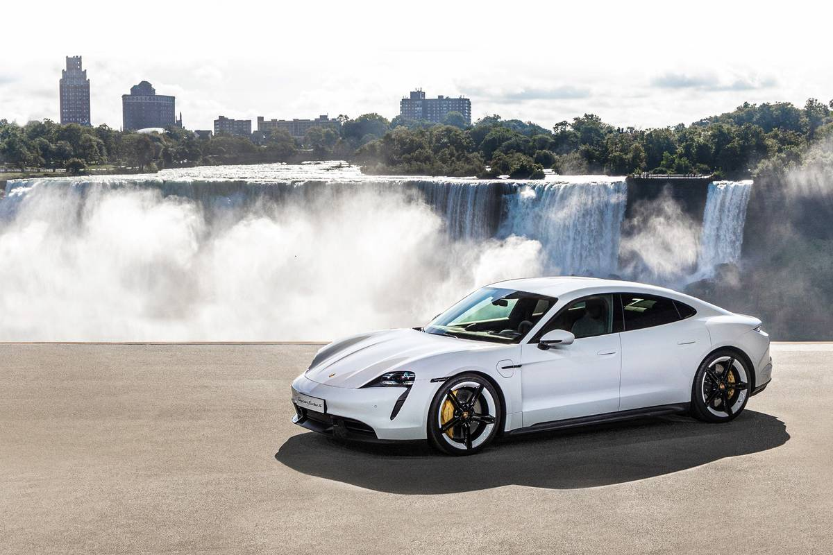 Porsche Taycan Turbo S Fails To Crack 200 Mile Electric Range Barrier News Cars Com